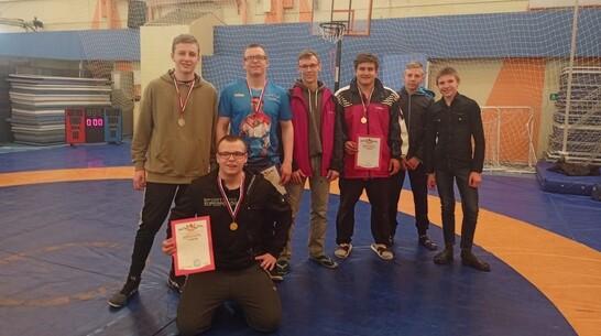 Борисоглебские борцы завоевали 5 медалей областной спартакиады