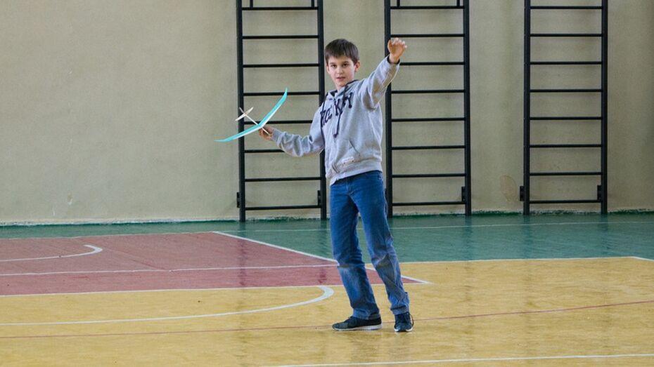 Лискинец победил в областных соревнованиях по авиамоделированию