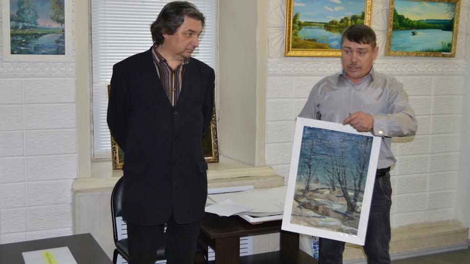 В Павловске открылась выставка местного художника Александра Ключникова