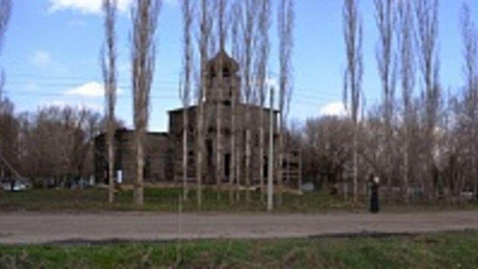 В Новоусманском районе началась реконструкция старинной деревянной церкви