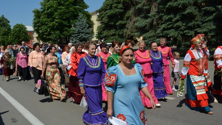 В Богучаре прошел районный фестиваль «Песни России»