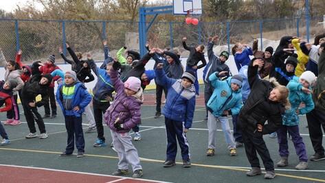 В Павловском районе открыли многофункциональную спортивную площадку