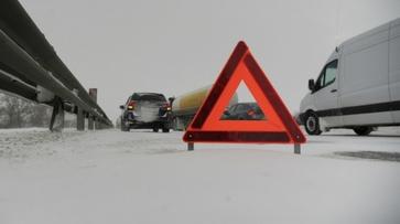 Дорожники оповестили о гололедице на трассах Воронежской области