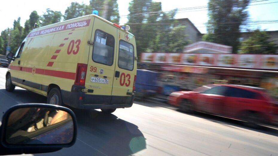 Под Воронежем столкнулись 3 фуры: водитель International попал в больницу