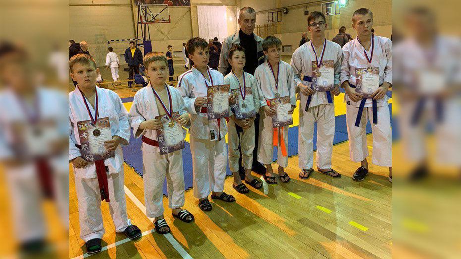 Ольховатские рукопашники выиграли 7 медалей на межрайонном турнире
