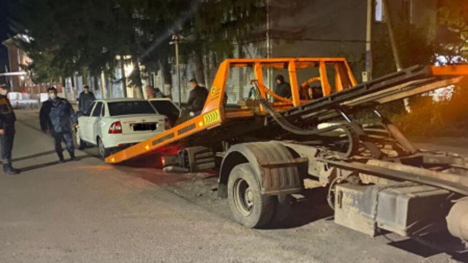 Лишенного прав водителя со штрафами на 330 тыс рублей поймали в Воронежской области