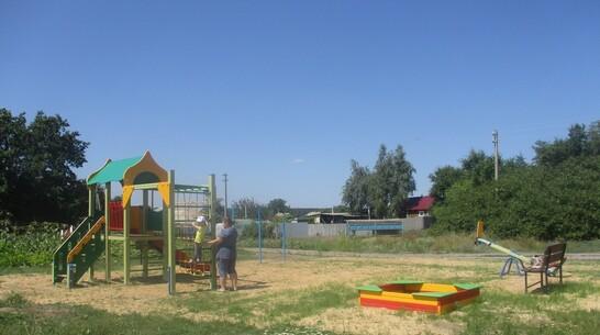 В петропавловском селе Березняги появилась первая детская площадка