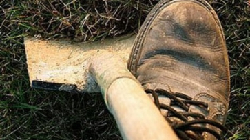 В Воронежской области убийцы закопали в лесу отказавшихся платить деньги пенсионеров