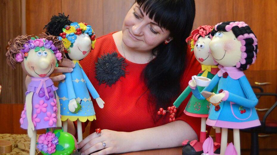 Жительница Семилук сшила куклу с внешностью Валерия Леонтьева
