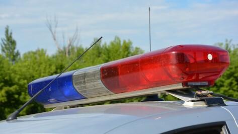 В Грибановском районе столкнулись 2 «КАМАЗа»: пострадал водитель