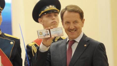 Алексей Гордеев присягнул жителям Воронежской области