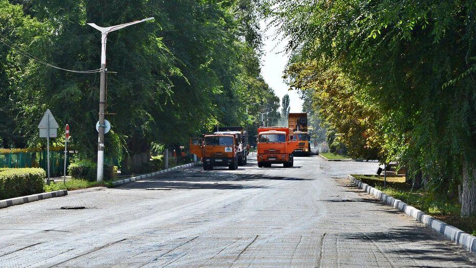 В семилукском поселке отремонтируют дорогу на 7 улицах