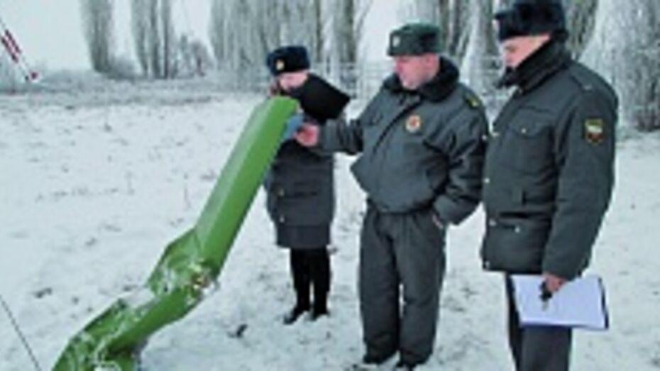 Трос телевышки в Боброве, которую зацепил самолет, обследуют специалисты