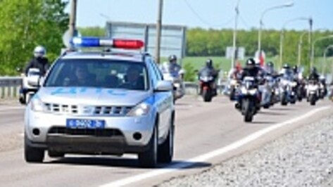 Воронежская полиция провела мотопробег в честь 69-й годовщины Победы в Великой Отечественной войне