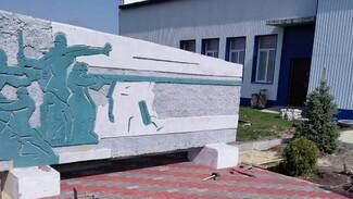 В поворинском селе Самодуровка отремонтируют памятник героям-землякам