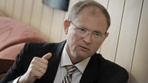 Глава Поворинского района угнал корабль и привел его в Севастополь
