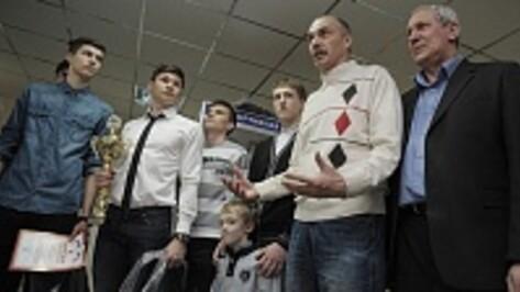 Воронежские волейболисты вышли в финал всероссийской спартакиады