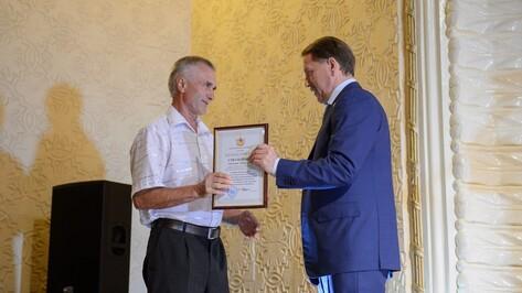 Воронежский губернатор поздравил железнодорожников со 150-летием ЮВЖД