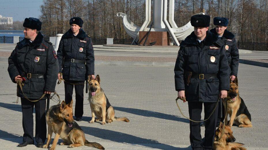 Полицейская собака нашла вора по следам под Воронежем