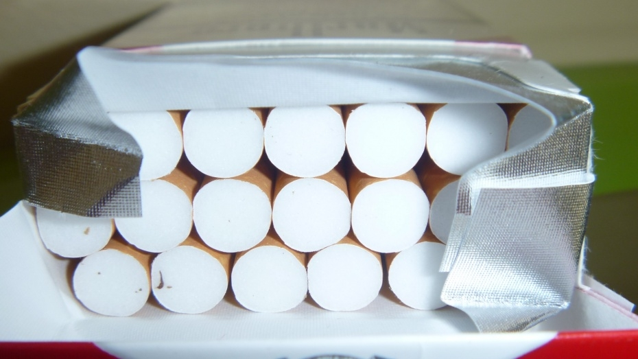 В Лисках нашли склад с 10 тыс пачек контрафактных сигарет