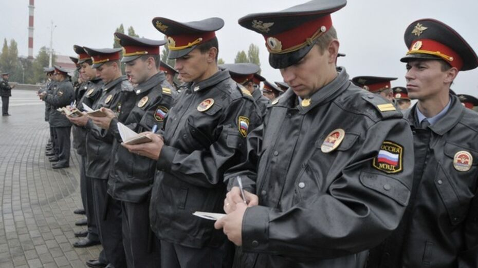 Воронежцы стали чаще обращаться в полицию