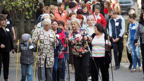 Воронежцев позвали на скандинавскую ходьбу и шахпонг в «Олимпик»