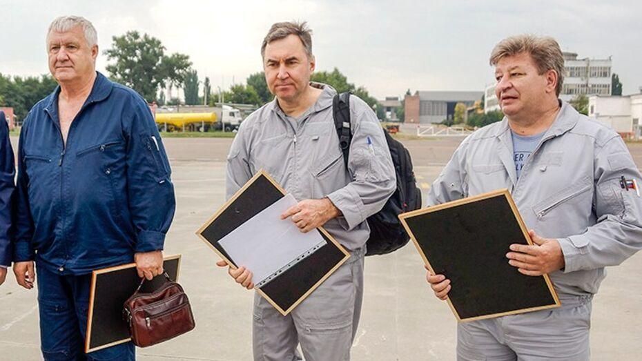 Президент посмертно наградил экипаж разбившегося в Подмосковье воронежского Ил-112В