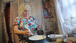 Спецпроект РИА «Воронеж». Бабушкин рецепт. Широкие блины с хреном и жидким яйцом