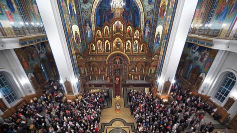 Храмы Воронежской области закрыли для прихожан до 20 апреля