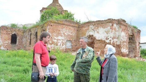 Жители богучарской Журавки приступили к восстановлению церкви