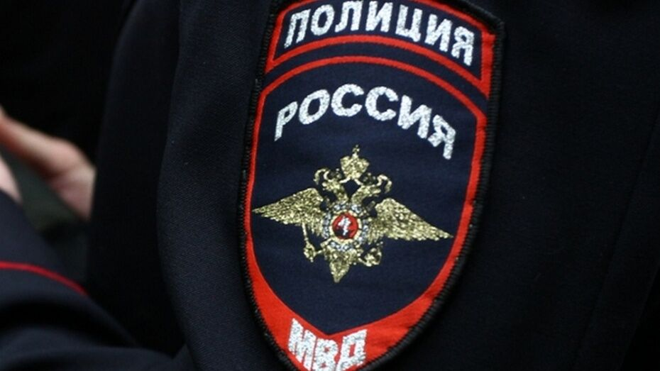 В Воронеже рядом со школой нашли мертвого пенсионера