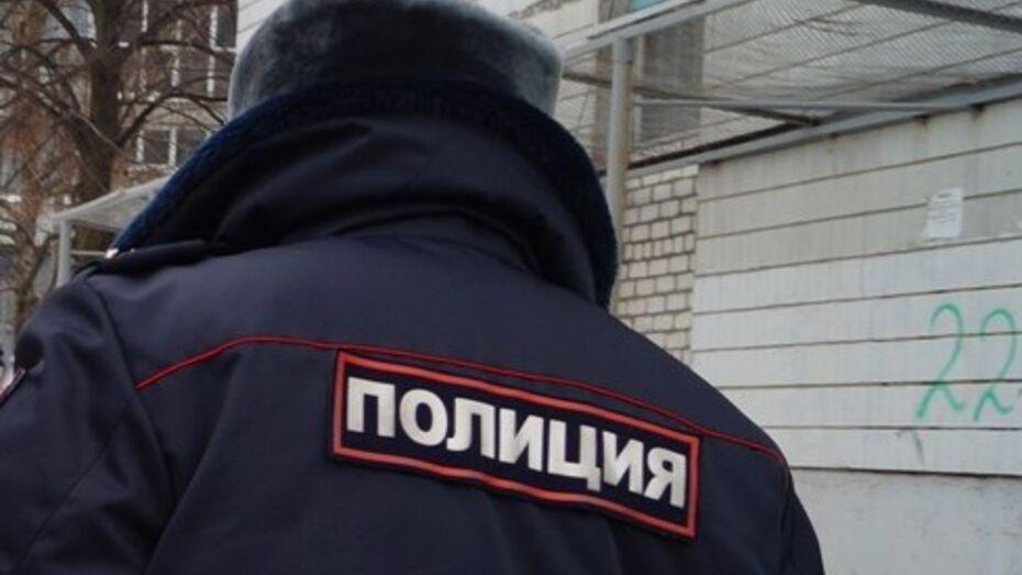 В Воронежской области участковый раскрыл кражу на полмиллиона рублей по следам на снегу