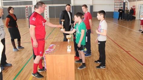 Футбольным матчем хохольцы отметили День освобождения села Староникольское