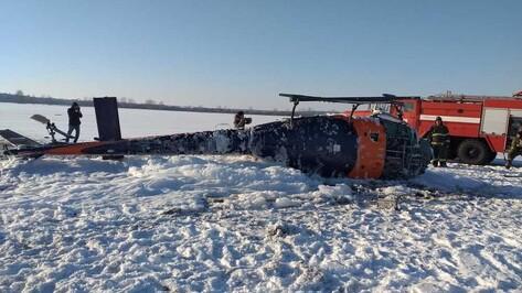 Один из пострадавших при падении вертолета под Воронежем пошел на поправку