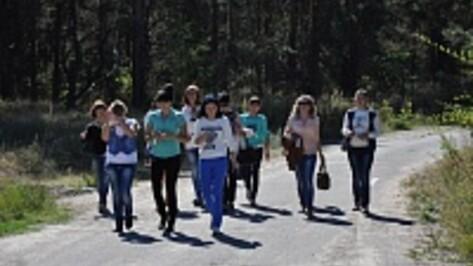 К поискам Тани Исаковой в Павловске подключилась авиация и сотня волонтеров