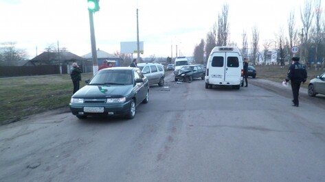 В Воронежской области в аварии пострадал полуторагодовалый ребенок