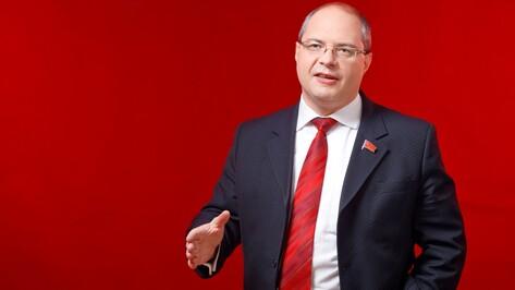 В Госдуме отметили вклад воронежского депутата Гаврилова в развитие парламентаризма