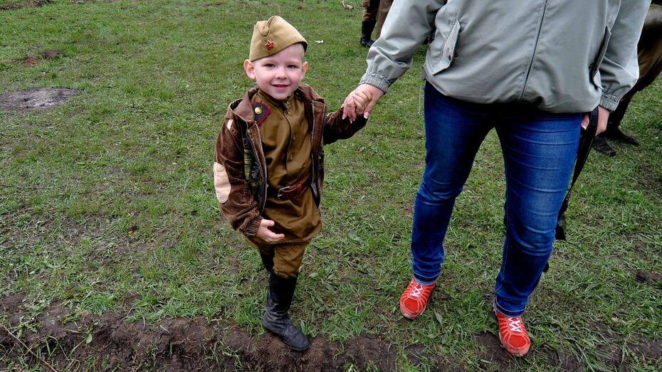 Воронежец разработает единую образовательную программу для патриотических клубов России