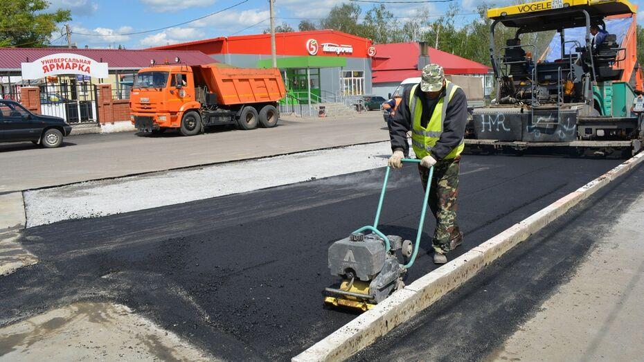 В Нижнедевицке построят дополнительную парковку