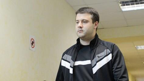 Воронежский облсуд утвердил 12 лет колонии для виновника убийства у кафе IL Tokyo