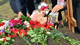 Под Воронежем похоронили жертв перлевского убийцы