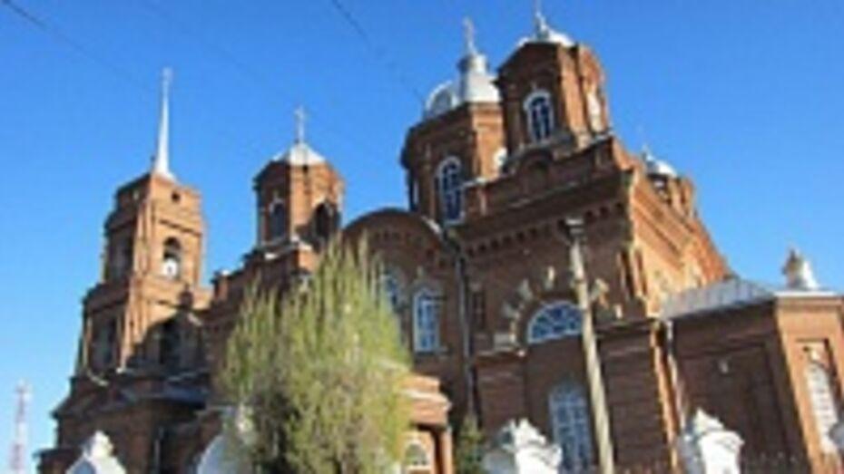 Главный храм Бутурлиновки получит новые часы