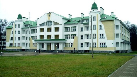 В санатории имени Дзержинского во время прогулки погиб 54-летний мужчина