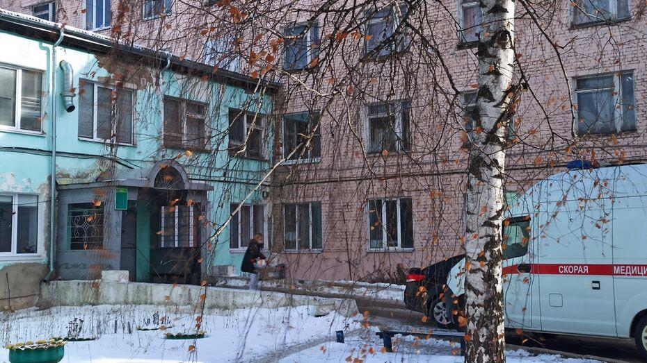 В Новой Усмани ремонт стационара райбольницы завершат досрочно