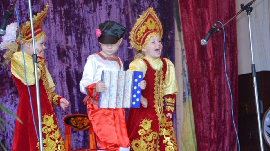 В Павловском районе благотворительная ярмарка собрала более 30 тысяч рублей