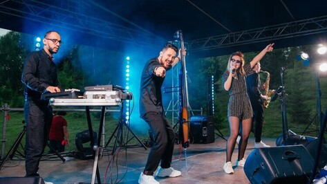 Воронеж на музыкальном телеконкурсе представит группа, создавшая в России электро-свинг