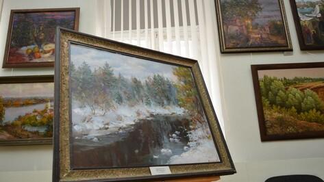 В Острогожском музее открылась выставка трех воронежских художников
