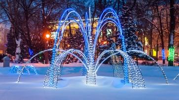 В Воронеже в Кольцовском сквере заработал зимний фонтан