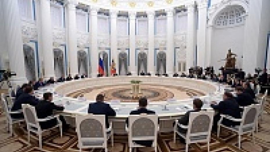 Алексей Гордеев предложил Владимиру Путину расширить влияние глав регионов