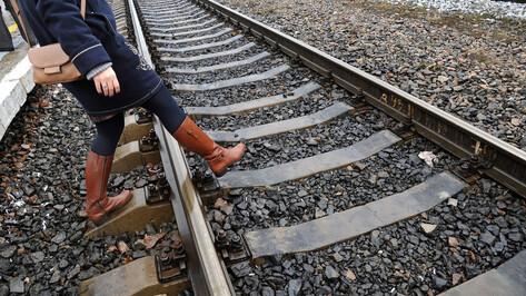 Поезд в Воронеже переехал 91-летнюю женщину